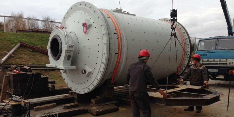 Перевозка тяжеловесного груза маятниковой мельницы.